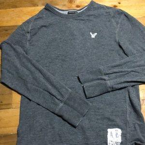 Men's long sleeve tee shirt